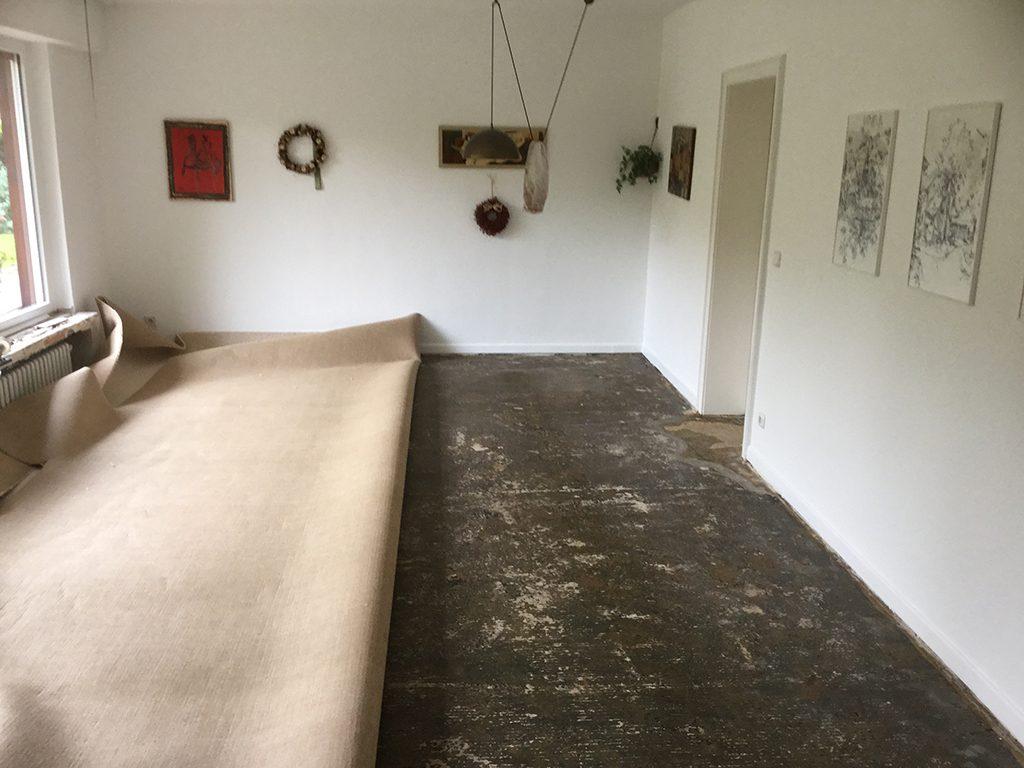 Schurwollteppichboden-Verlegung