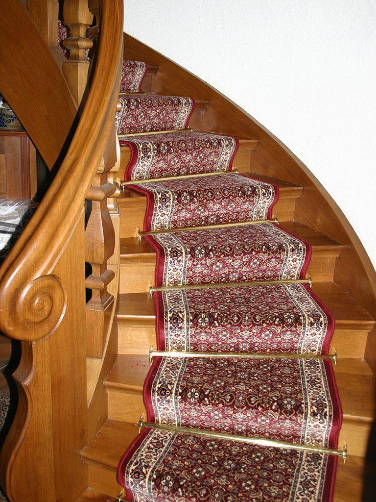 Treppenlaeufer-Schurwolle-768x1024